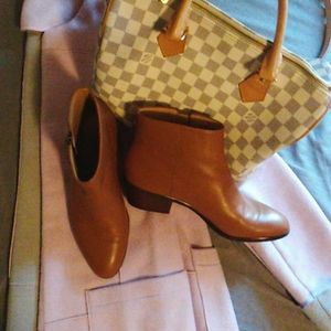 J Crew | brown leather ankle boots size 8.5